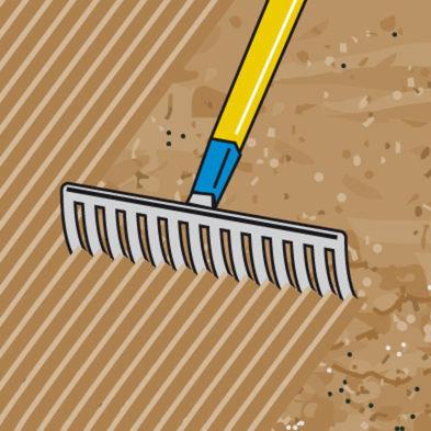 Mit Rechen Fläche einebnen
