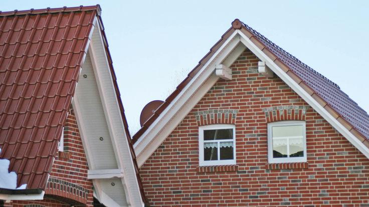 Hausfassade aus roten Vormauerziegel