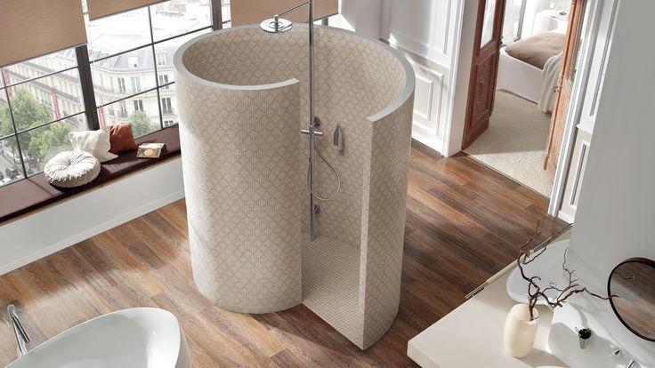 Bad mit Schnecken-Dusche