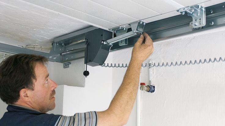 Garagentor-Sicherung gegen Aufhebelversuche